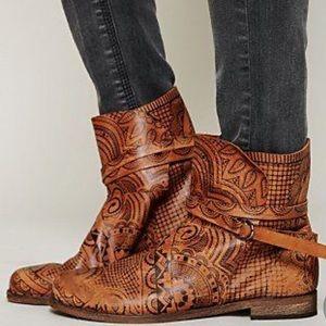 Henna printed booties